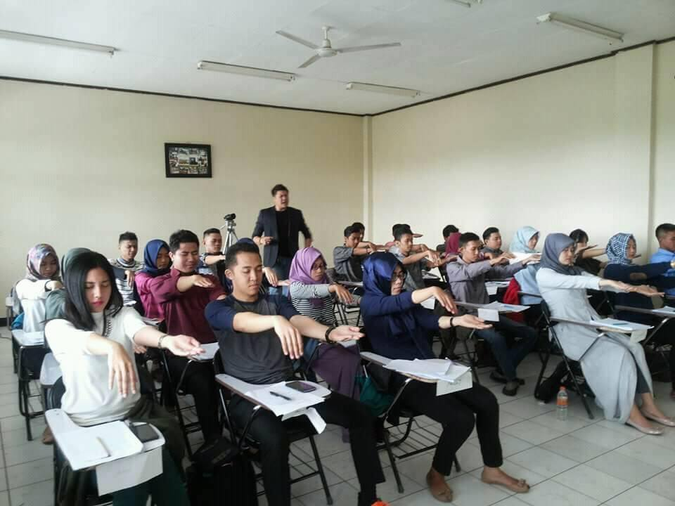 workshop-hypnoself-unjani-bandung